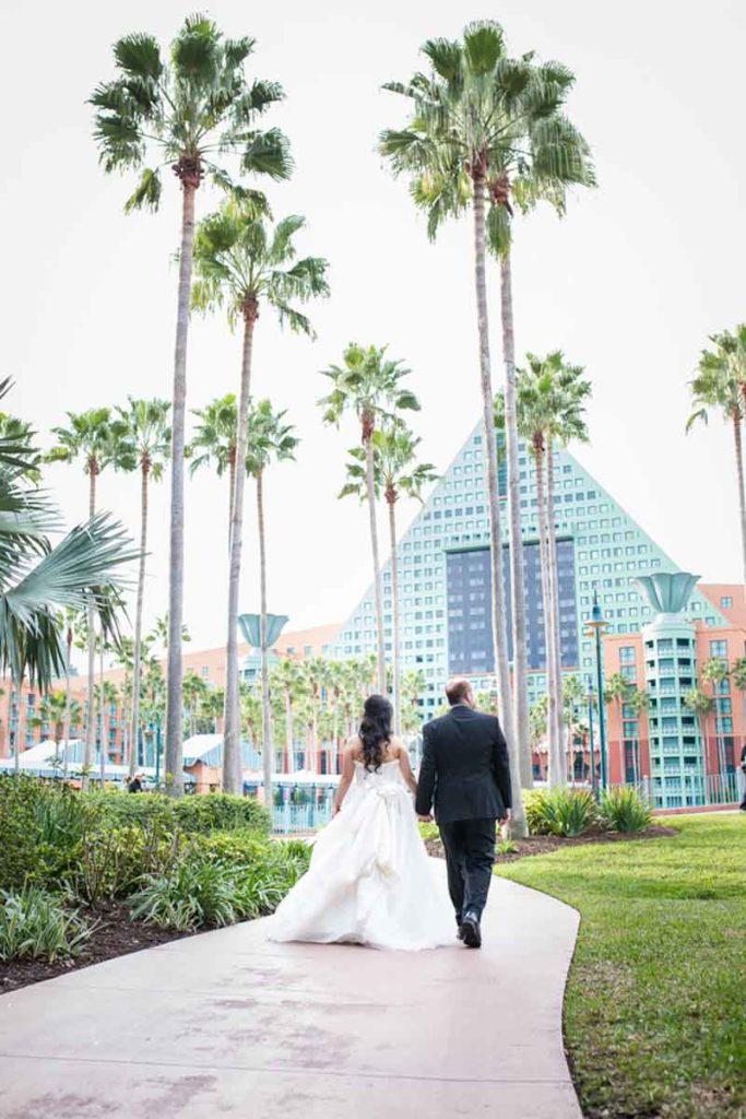 26-McKenzie Stewart Weddings - Swan and Dolphin Resort-39