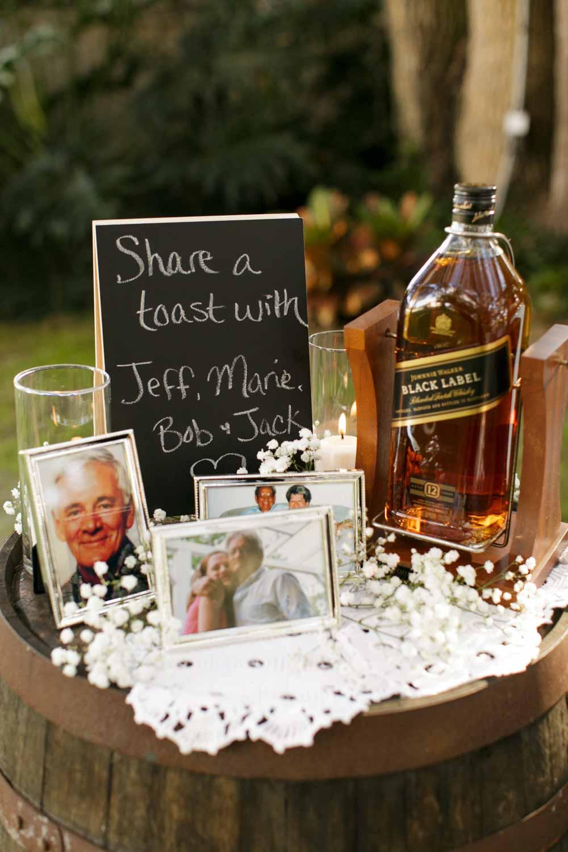 rememberance drink station at Rocking H wedding