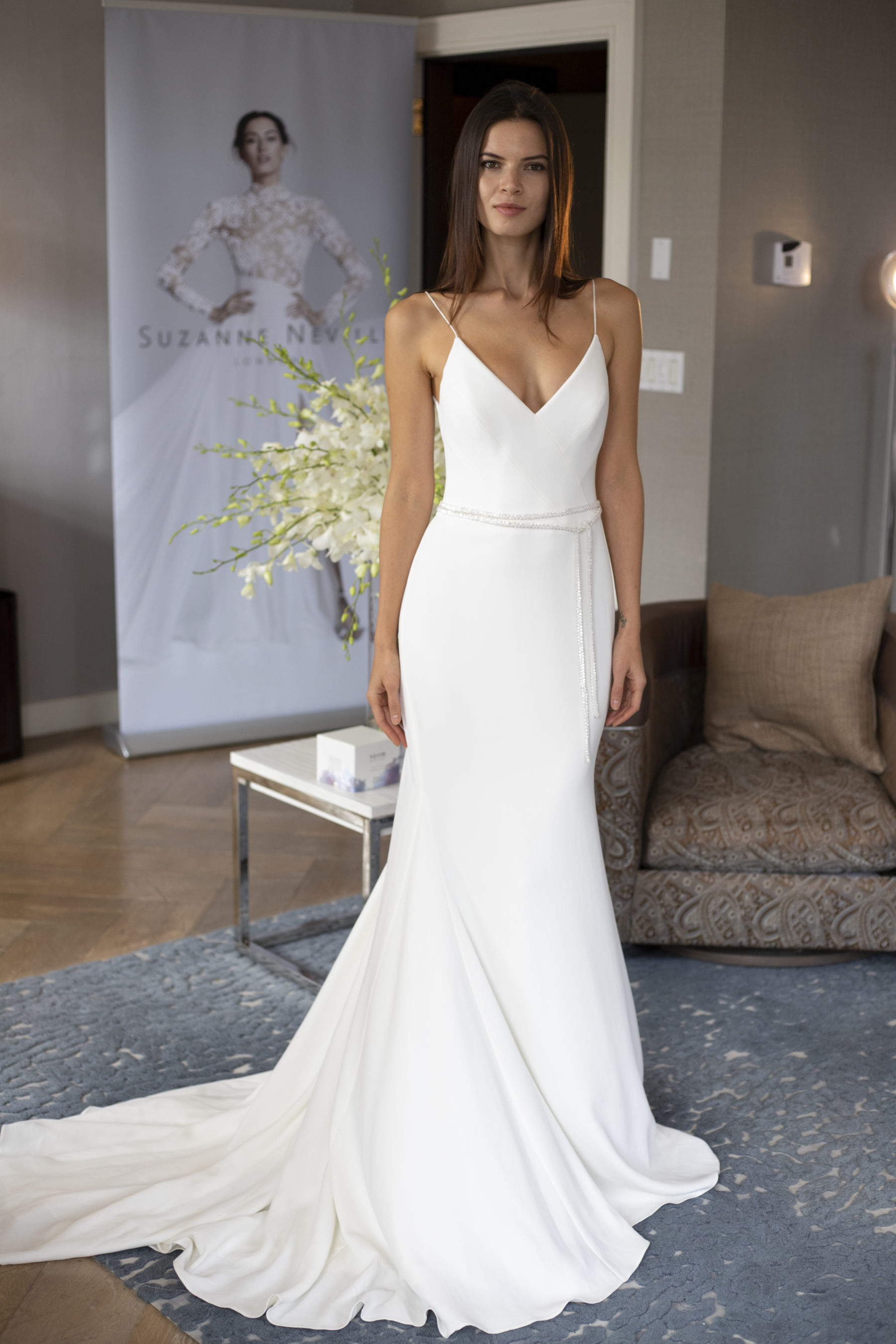 Elegant Suzanne Neville gown for New York Bridal Fashion Week: Fall 2019 Trends