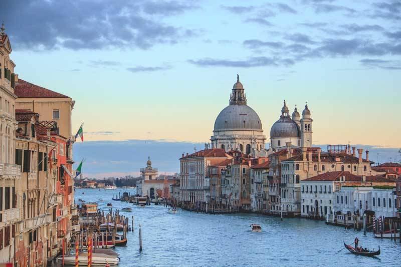 bucketlist honeymoon destination venice italy