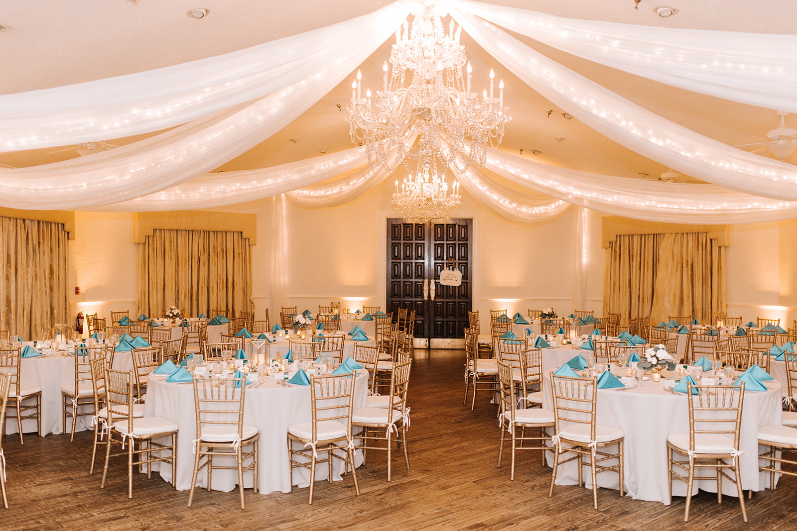 Reception space at Highland Manor